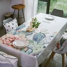 時尚可愛空間餐桌布 茶几布 隔熱墊 鍋墊 杯墊 餐桌巾679 (140*140cm)