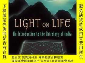 二手書博民逛書店Light罕見On LifeY364682 Hart De Fouw Lotus Press 出版2003