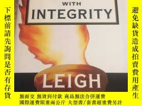 二手書博民逛書店WINNING罕見WITH INTEGRITY LEIGH STEINBERGY203750 leigh st