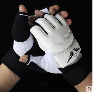 2017新款半指散打男女格鬥訓練成人拳擊套ASD723『時尚玩家』