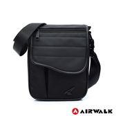 AIRWALK 型男品格休閒側背包 -黑色 A825300420