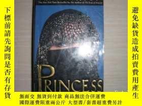 二手書博民逛書店Princess:A罕見True Story of Life Behind the Veil in Saudi A