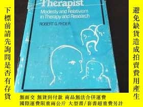 二手書博民逛書店The罕見Realistic Therapist: Modest