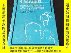 二手書博民逛書店The罕見Realistic Therapist: Modest