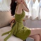 VK精品服飾 韓系V領褶皺蝴蝶結綁帶不規則無袖洋裝