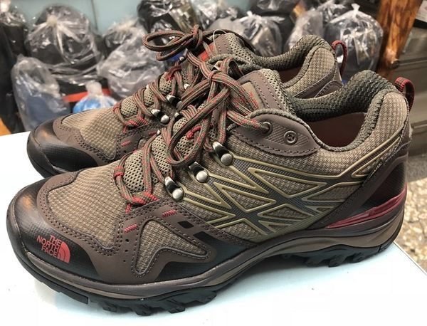 【山水網路商城】美國/北臉/TNF/男款/GTX防水透氣越野跑鞋/登山鞋(寬楦頭) 6JX1 咖啡色