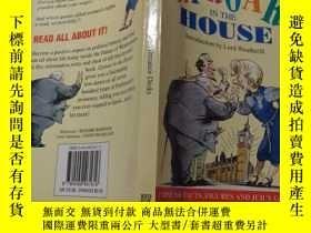 二手書博民逛書店up罕見roar in the house:在房子裏大聲吼叫Y200392