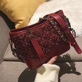 上新小包包女秋冬新款女包時尚呢子鏈條斜挎包復古百搭流浪包