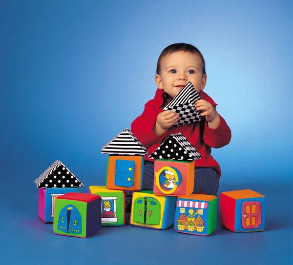 孕媽咪俏貝比 ~~  K's Kids 奇智奇思_Knock Knock Block 寶寶感官積木組 布質立體六面積木