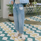 Queen Shop【04011327】口袋造型牛仔刷色男友褲 S/M/L*現+預*