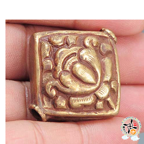 蓮花藏式四方手工銅珠 【 十方佛教文物】
