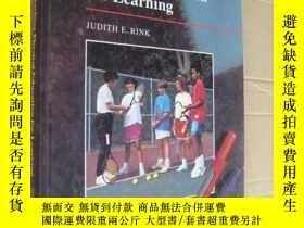 二手書博民逛書店Teaching罕見Physical Education for