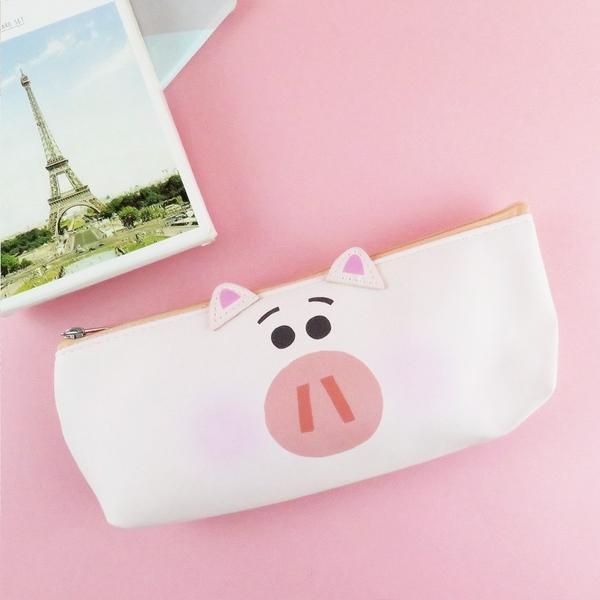 正版 迪士尼筆袋 玩具總動員 火腿豬 HAMM 筆袋 收納包 化妝袋 COCOS DK600