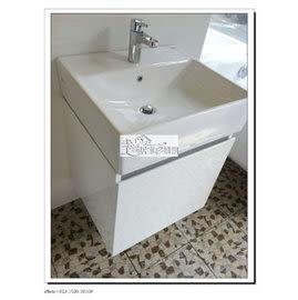 TOTO L710CGU鋼烤浴櫃 單開 右開 無把手BLUE鉸鍊+南亞發泡板