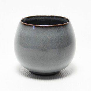 鐵胎黑釉品茗杯陶瓷