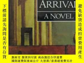 二手書博民逛書店The罕見Enigma of Arrival - A novel