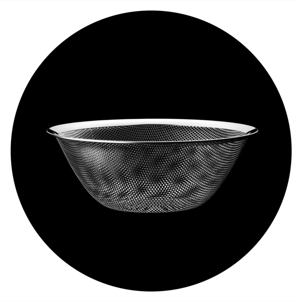 日本 Sori Yanagi Stainless Steel Punching Strainer 柳宗理 不鏽鋼調理盆系列 圓形漏盆(圓直徑 23 cm)