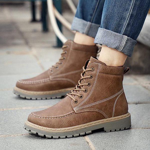 馬丁靴 男短靴 秋冬新款男士皮戶外保暖復古高幫男工裝加棉雪地靴男靴子《印象精品》q1108