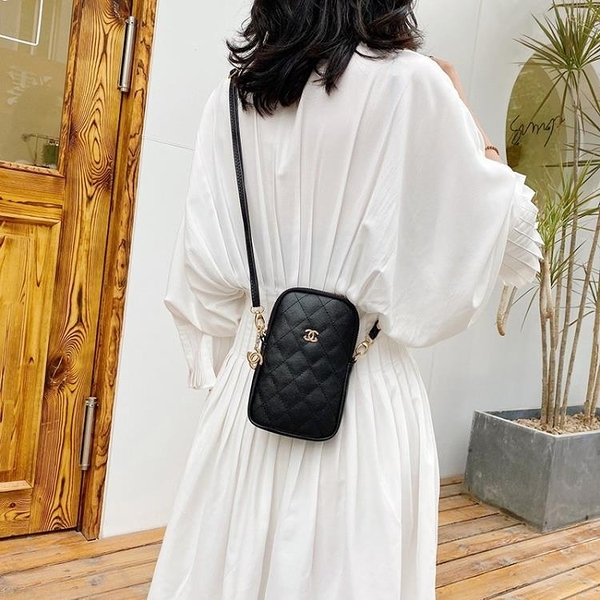 手機包 小包包女2021新款潮韓版時尚百搭小香風手機包ins網紅單肩斜背包/側背包