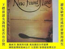 二手書博民逛書店英文原版罕見New Found Land: Lewis and