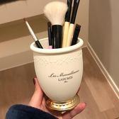 貴族浮雕肖像化妝刷筒化妝品收納盒化妝刷桶筆刷筒 黛尼時尚精品