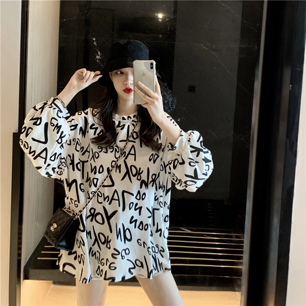 VK旗艦店 韓國風字母印花慵懶風寬鬆長袖上衣