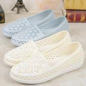 護士鞋夏季女白色塑膠涼鞋軟底媽媽鞋女平底水?沙灘鞋雨鞋女