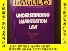二手書博民逛書店Understanding罕見Immigration Law :