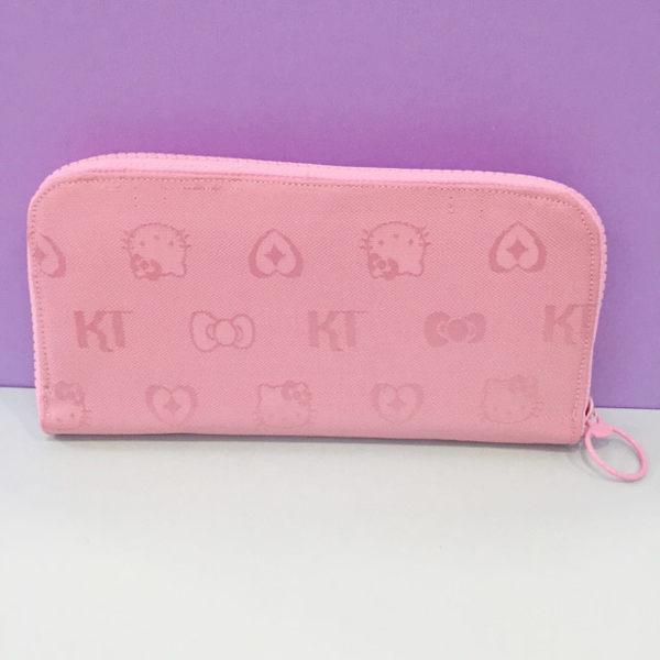 【震撼精品百貨】Hello Kitty 凱蒂貓~HELLO KITTY拉鍊長皮夾-浮雕粉色圖案