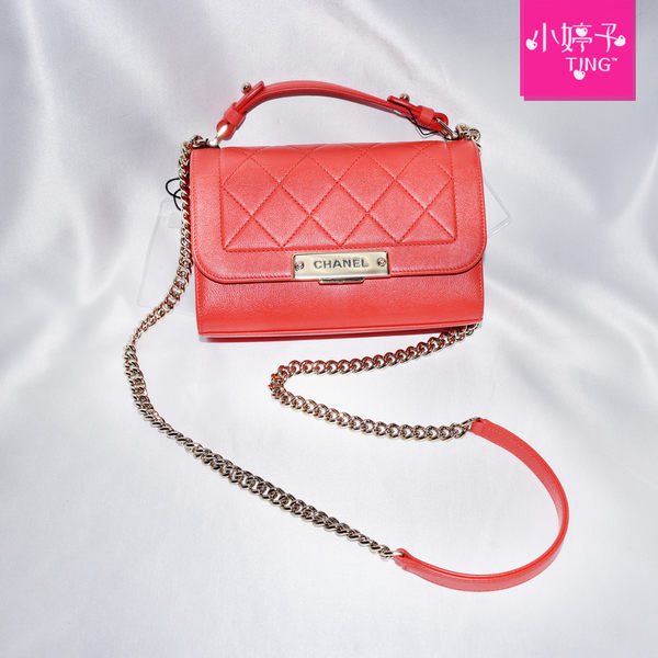 CHANEL 香奈兒 經典品牌LOGO菱格小牛皮壓釦金鍊肩/斜背包(火焰紅) 限面交《小婷子》