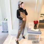 孕婦裝秋冬裝正韓版加絨加厚時尚外穿孕婦背帶褲兩件套套裝 街頭布衣