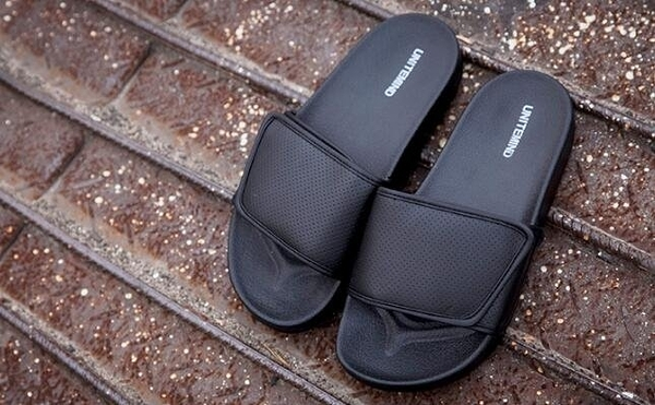 找到自己 MD 韓國 時尚休閒 潮 男 黑色 魔術貼 室內 戶外 多用 懶人拖鞋 一字拖
