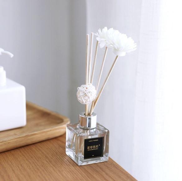 擴香 竹瓶 香薰精油  50ml【A830】包含上面的小白花