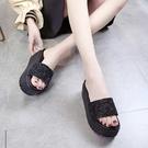 增高拖鞋 拖鞋女士外穿夏季百搭時尚鬆糕厚底增高跟涼拖-Ballet朵朵