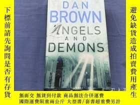 二手書博民逛書店Angels罕見and Demons By Dan BrownY