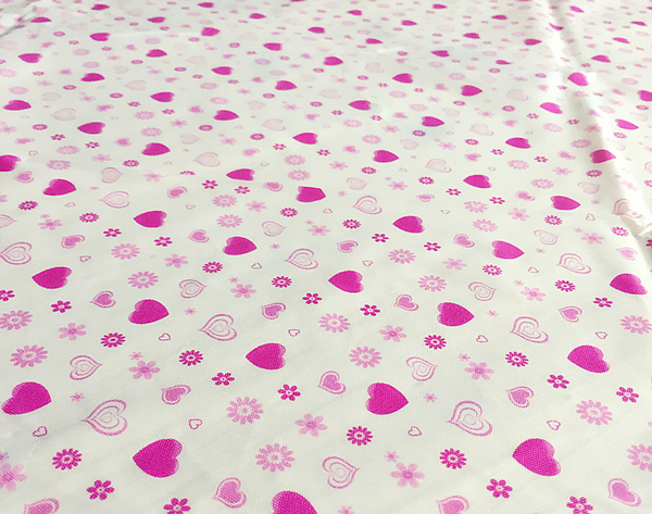 [韓風童品]一次性多種圖案桌布 派對桌巾 防水防油加厚桌布 生日派對 露營桌布 會場佈置 小愛心