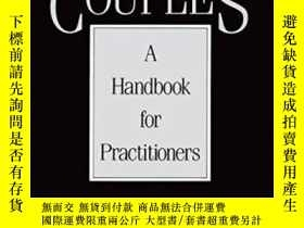 二手書博民逛書店Evaluating罕見Couples: A Handbook