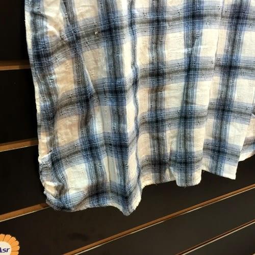 ☆棒棒糖童裝☆夏女裝中大碼藍色格子款棉麻上衣 46號