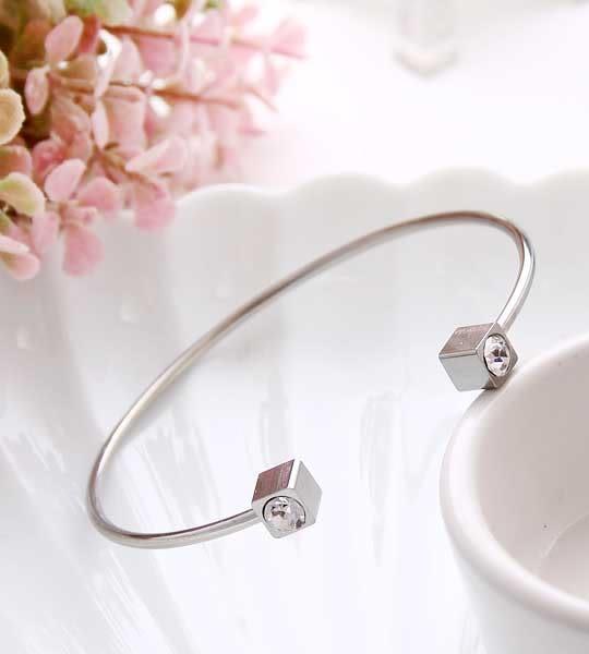 低調奢華★方鑽寶石★手環