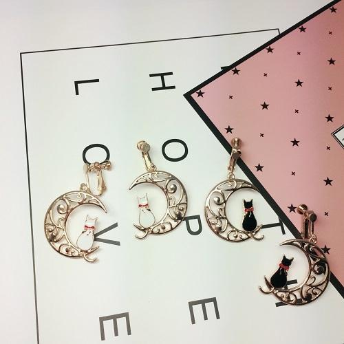 【NiNi Me】夾式耳環 可愛甜美鏤空月亮貓咪無耳洞耳環 夾式耳環 E0074