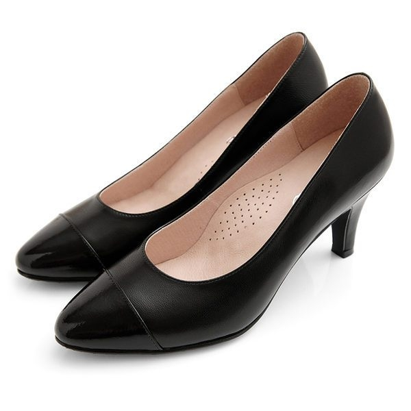 karine(MIT台灣製)全真皮拼色尖頭高跟鞋-典雅黑