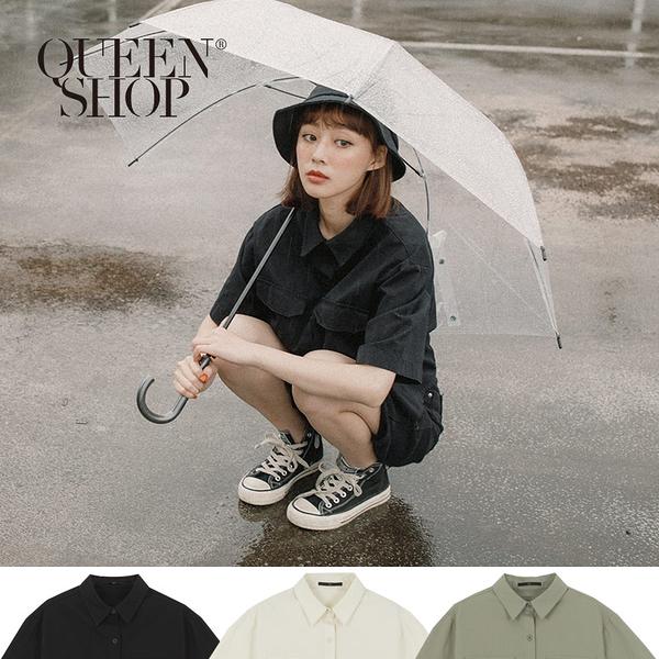 Queen Shop【01023791】休閒雙口袋造型短袖襯衫 三色售*現+預*