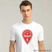 【GIORDANO】男裝旅行主題圓領印花T恤-14 標誌白
