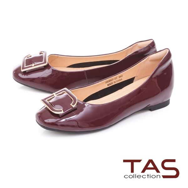 TAS金屬C字釦飾牛漆皮內增高娃娃鞋-酒紅