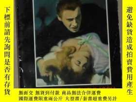 二手書博民逛書店英文原版罕見Vampire s Honeymoon by Cor