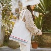 側背帆布包 簡約格紋手提包 學生書包托特包《小師妹》f888