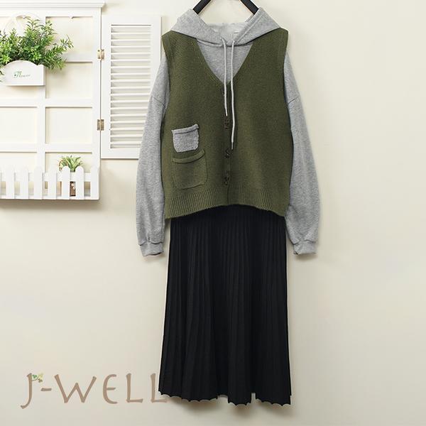J-WELL 素面短版帽T針織背心A字裙三件組(組合A795  9J1119灰+9J1101綠+9J1141黑)