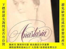二手書博民逛書店Anastasia:the罕見riddle of Anna An