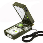 多功能指南針指北針專業戶外軍定向越野帶 手電筒 口哨 放大境      智能生活館