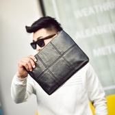 韓版男士格子手拿包 時尚手包男包 潮流商務信封包男ipad包文件包 暖心生活館
